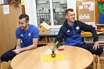 TRADIČNÍ NÁVŠTĚVA. Fotbalisté Varnsdorfu navštívili děti ve školce.