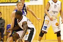 Děčínští basketbalisté doma poprvé prohráli.