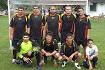 VÍTĚZNÝ TÝM. Hráči týmu Terne čave prošli celým turnajem bez porážky. V semifinále, ale i ve finále však museli ukázat pevnější nervy při pokutových kopech.