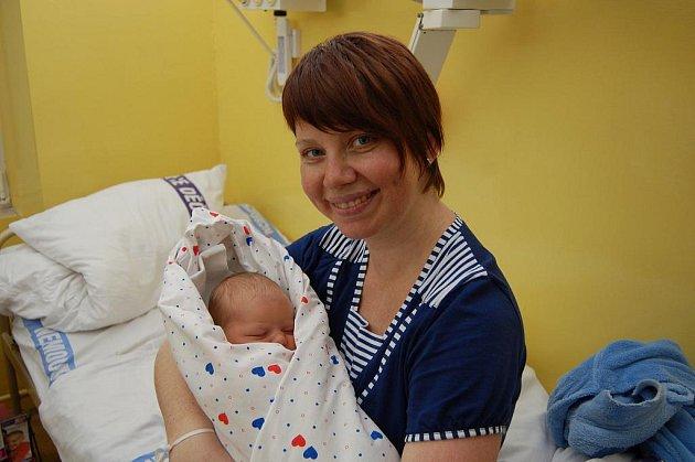 První miminko roku 2011 Barborka s maminkou Olgou.