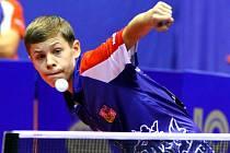 Mladý stolní tenista vybojoval na evropském šampionátu kadetů a juniorů v Ostravě tři zlaté medaile a jednu stříbrnou. To se žádnému jeho českému předchůdci nikdy nepodařilo.