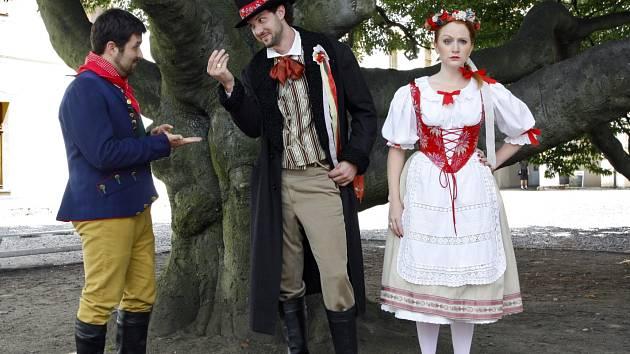 Na děčínském zámku zazní v neděli opera Prodaná nevěsta.