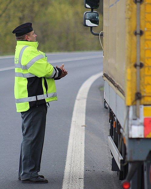 Policie ve středu měřila rychlost u Ludvíkovic u Děčína. Místo vytipovali sami řidiči.