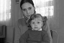 JEŠTĚ SPOLU. Paní Nemčeková s dcerou Jaruškou.