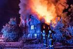 Požár opuštěného domu ve Varnsdorfu.