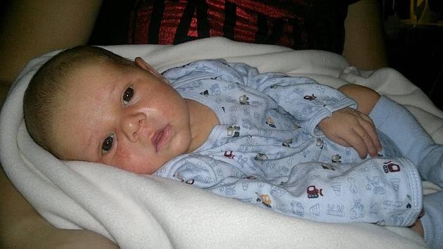 Ladislavu a Ivaně Snopkovým se 10.10. v 17:36 hodin v děčínské porodnici narodil syn Honzík Snopek. Měřil 52 cm a vážil 3,86 kg.