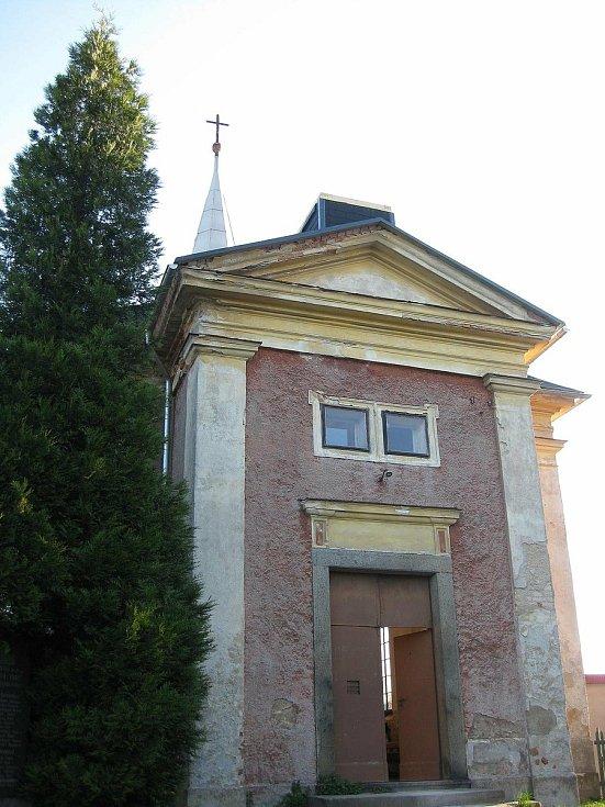 Rekonstrukce kaple v Chřibské 2008.