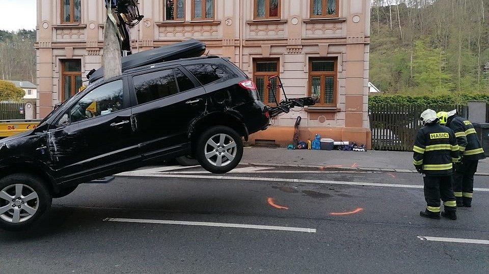 Dopravní nehoda na Teplické.