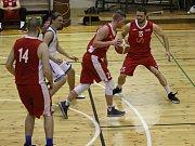 DERBY. Basketbalisté Děčína vyhráli ve Varnsdorfu po prodloužení.