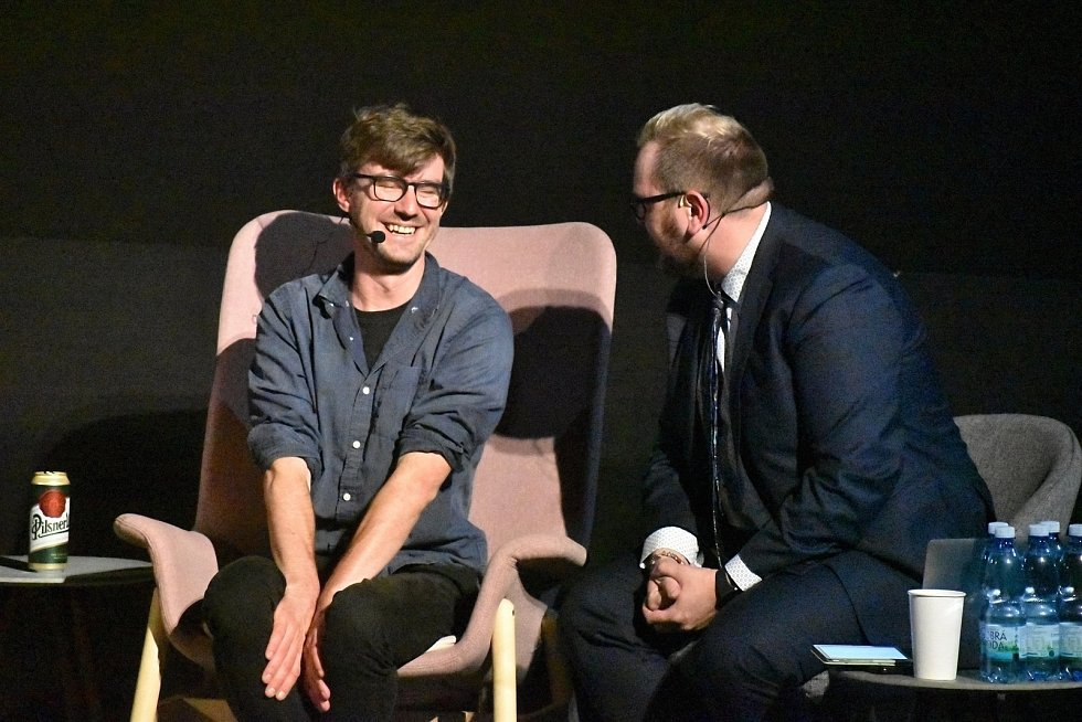 Talk show Silný řeči s Kovym, Jankem Rubešem a Benem Cristovao.