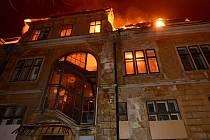 Požár vily v Dolním Podluží.