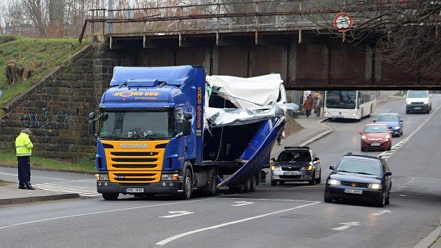 Nehoda v Hankově ulici v Děčíně