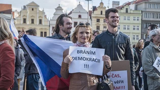 Milion chvilek pro demokracii. Ilustrační foto.