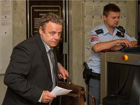 Lékař Petr Vondráček usoudu.