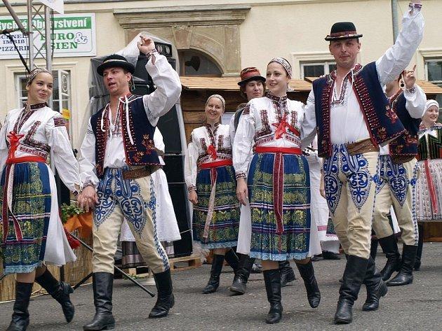 V Krásné Lípě se sešli milovníci folkloru