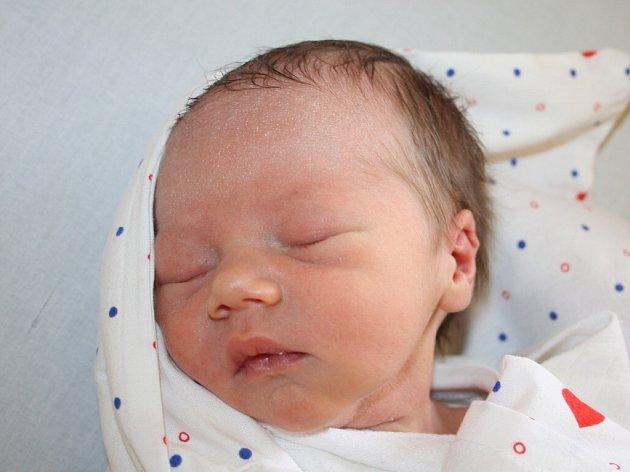 Evě Urbanové z Děčína se 24. dubna ve 14.05 narodil v děčínské nemocnici syn Kája Slivka. Měřil 50 cm a vážil 3,08 kg.