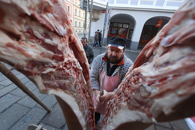 Na vepřové hody se mohou těšit lidé, kteří v sobotu dorazí na Masarykovo náměstí v Děčíně. Ilustrační foto.