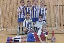 STŘÍBRO. Mladé naděje Fotbalové akademie Petra Voříška Děčín U 9 vybojovaly v České Lípě konečné druhé místo. Ve finále bohužel nestačily na Slovan Liberec.