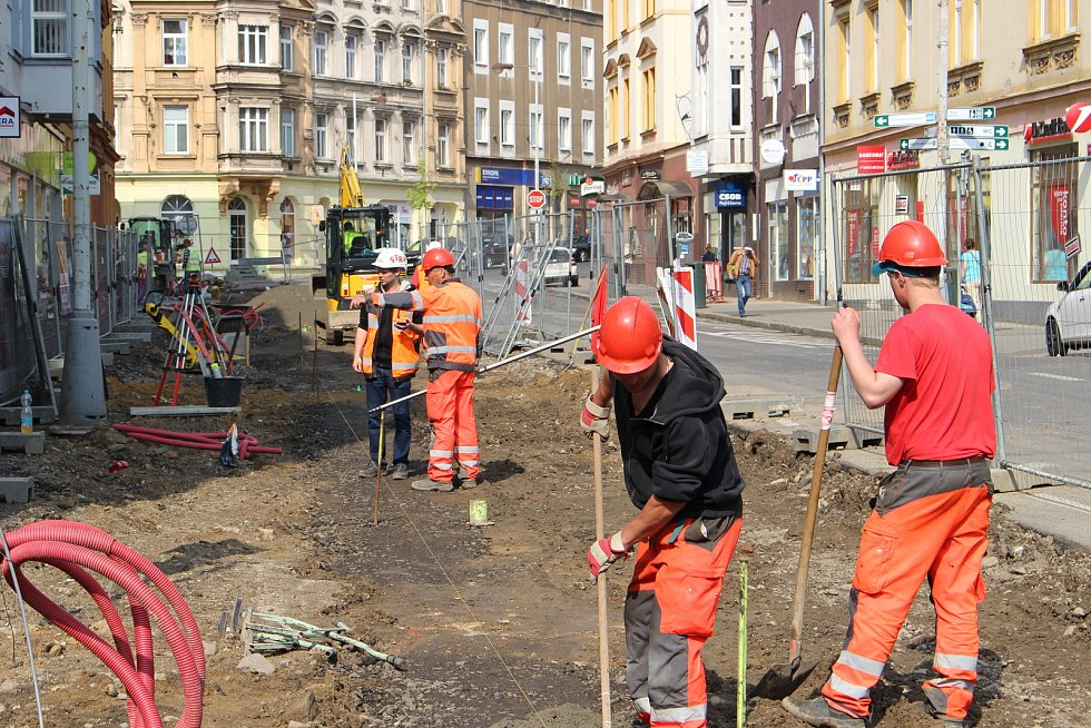 Práce na revitalizaci Podmokel pokračují.