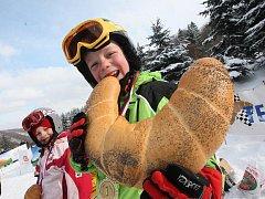 O Telnický rohlík jelo třista lyžařů