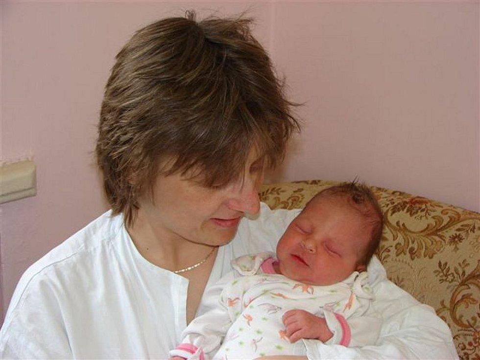 Markétě Dohnalové z Krásné Lípy se 27. února v 6.10 hodin v rumburské porodnici narodila dcera Tereza. Měřila 46 cm a vážila 3,25 kg.