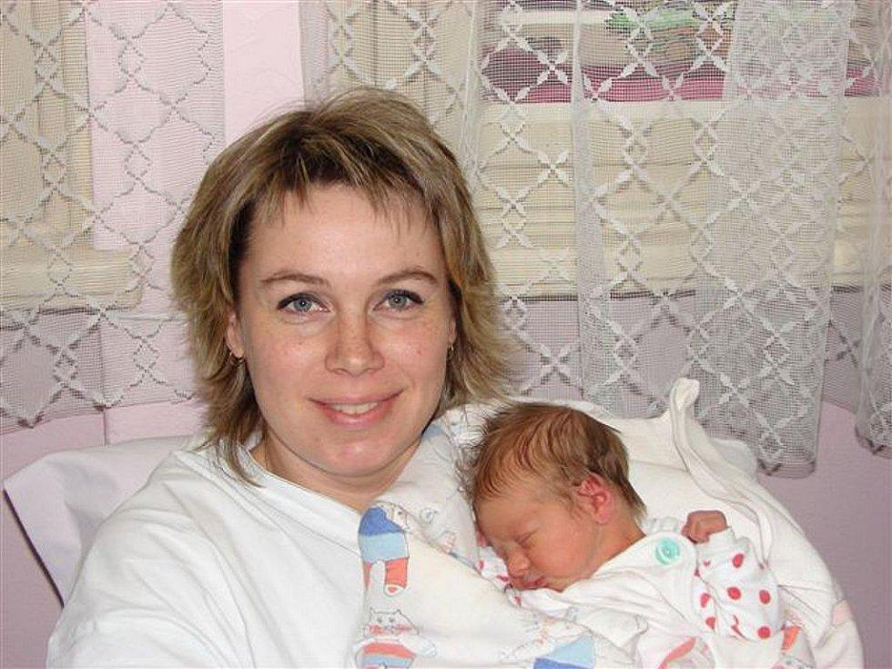 Daně Krupové z Rumburku se 22. února ve 22.15 hodin v rumburské porodnici narodila dcera Simona. Měřila 49 cm a vážila 3,18 kg.