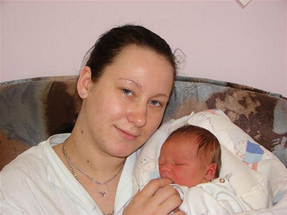 Aleně Kučerové z Varnsdorfu se 22. února ve 21.00 hodin v rumburské porodnici narodila dcera Miroslava Andrlová. Měřila 49 cm a vážila 3,47 kg.