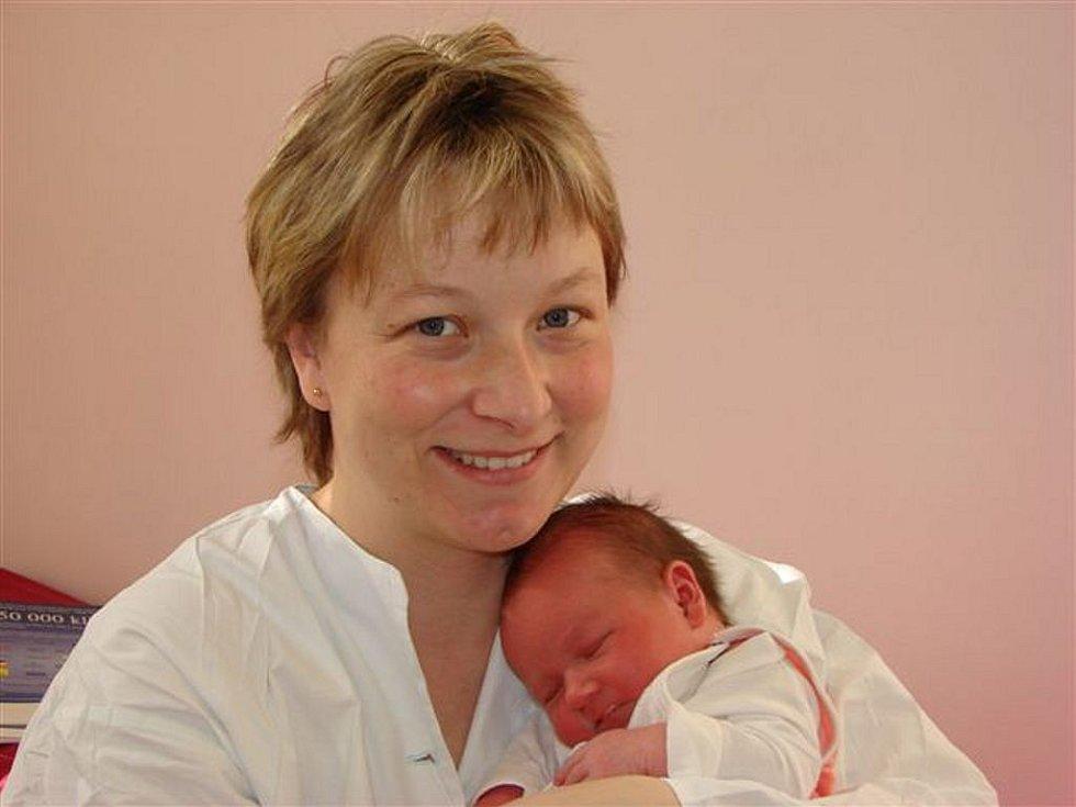 Štěpánce Martinkové z Varnsdorfu se 26. února v 6.50 hodin v rumburské porodnici narodila dcera Bára. Měřila 51 cm a vážila 3,82 kg.