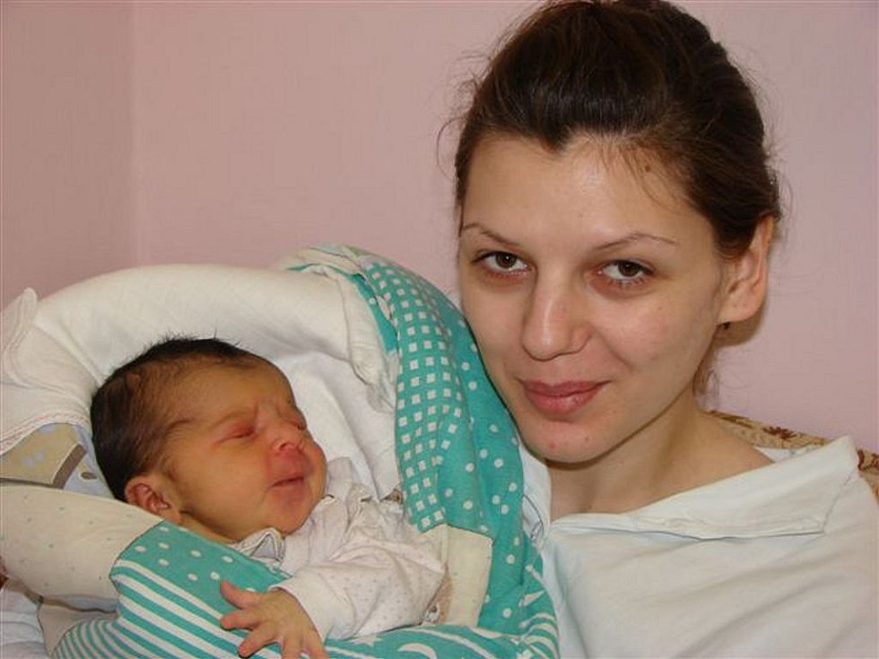 Silvii Tylové ze Starých Křečan se 23. února ve 21.30 hodin v rumburské porodnici narodila dcera Silvie. Měřila 50 cm a vážila 3,22 kg.