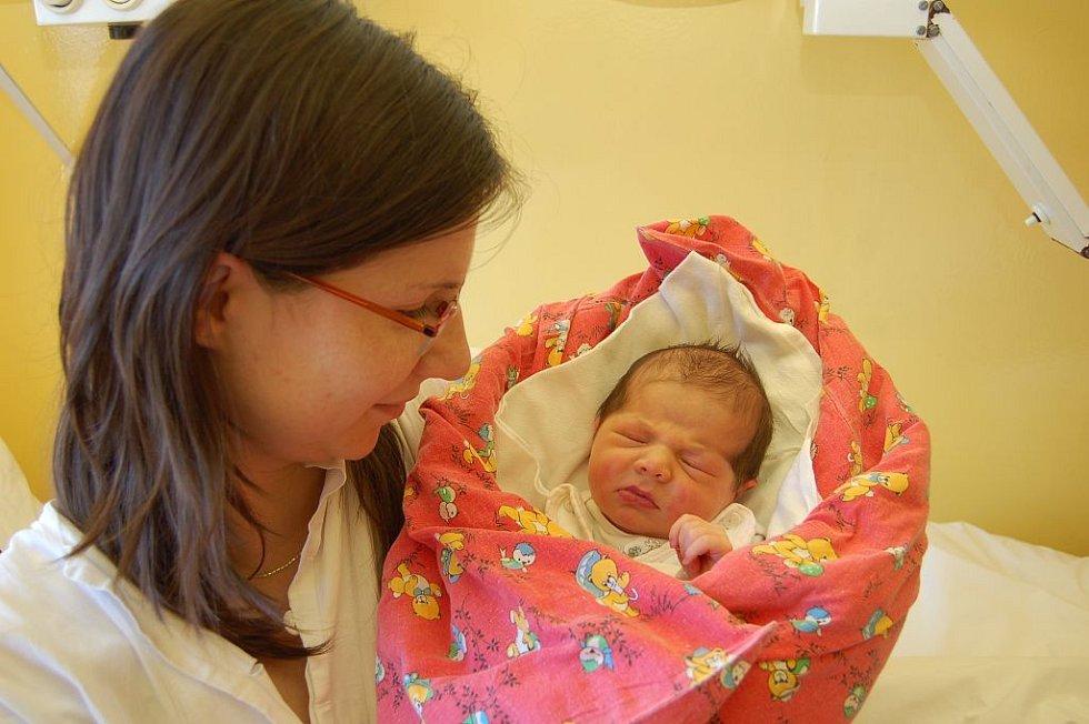 Haně Vospálkové z Děčína se 26. února v 11.20 hodin v děčínské porodnici narodila dcera Terezka. Vážila 3,63 kg a měřila 51 cm.