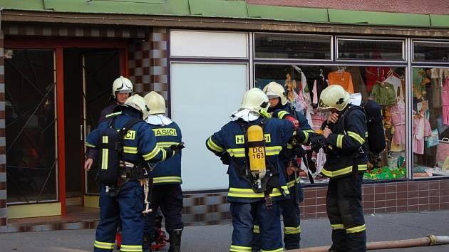 Požár v Teplické ulici v Děčíně