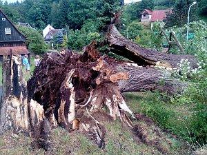 Sever Čech zasáhly ve čtvrtek 22. června silné bouřky