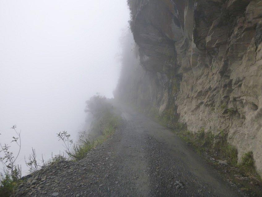 Již ta pravá Silnice smrti, na jejímž začátku možná raději bylo mlhavo