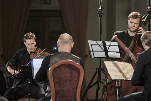 V sobotu 3. října se Lípa Musica podruhé představila v Ústeckém kraji a podruhé v letošním roce se na jejím pódiu představil letošní festivalový garant Josef Špaček, tentokrát v komorní úloze.
