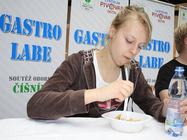 Gastro festival: Soutěž v pojídání bramborových šišek.
