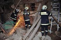 Hasiči ve Varnsdorfu nacvičovali záchranu lidí.