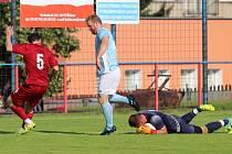 Šluknov (v červeném) v rámci oslav založení klubu porazil 2:1 Skalici.