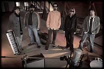 Kapela By No Means se dala po roce dohromady a koncertuje.