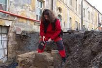 Na zámku zkoumají nově objevené prostory