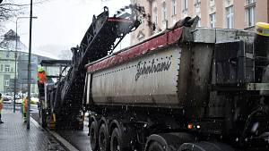 Ředitelství silnic a dálnic pokračuje s opravou průtahu Děčínem.