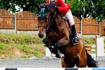 Anita Bačkovská začala jezdit na koních v děčínské zoo
