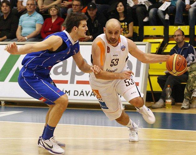 POSTUP. BK Děčín vyhrál v Ostravě, celou sérii ovládl 3:1 a postoupil do semifinále!