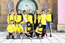 PÁTÉ MÍSTO vybojoval basketbalový výběr Ústeckého kraje pod vedením trenéra Ladislava Rousa na letní olympiádě dětí a mládeže v Prostějově.