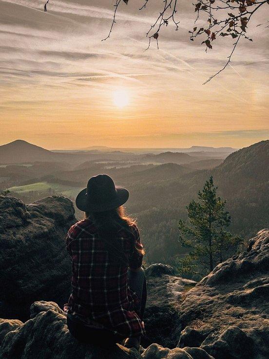 Západ slunce z Mariiny vyhlídky.