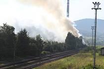 Požár skladiště na východním nádraží v Děčíně.