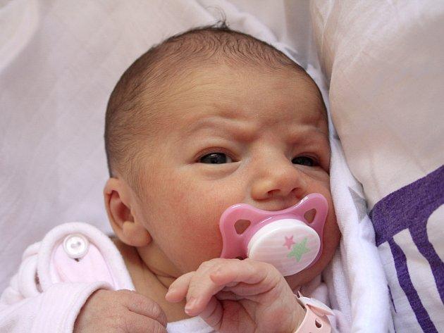 Gábinka Eliášová se narodila Zuzaně Eliášové z Heřmanova 28. září ve 3.44 v děčínské porodnici. Měřila 47 cm a vážila 2,76 kg.