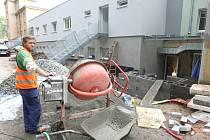 První etapa rekonstrukce Domova pro seniory na Kamenické ulici v Děčíně  je před dokončením.