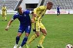 DALŠÍ PORÁŽKA. Varnsdorf (ve žlutém) prohrál s Vyšehradem 1:3.