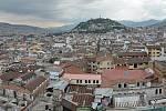 Panoramatický pohled na Quito, nejvýše položené oficiální hlavní město světa a také nejblíže položené rovníku