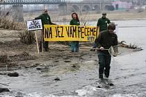 Ekologové se bojí o ryby, prý je semele turbína.